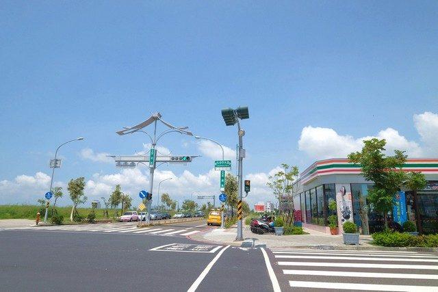 https://calife.com.tw/wp-content/uploads/2019/01/(圖2:九份子重劃區是台南唯一結合生態、交通與機能的綠能低碳示範區).jpg